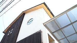 プラスディーアーキテクト|和モダンなコートハウス