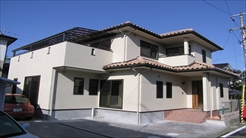 トラッドハウジング|洋風自然素材の家