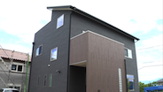 興陽商事|屋上庭園と太陽光発電のある家