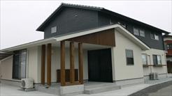 藤岡萬建設|木の香りが心地いい家