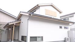 新日本建設|磨き丸太とゆったり土間のあるお家